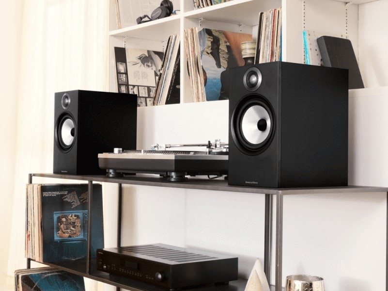 Bowers & Wilkins 606 & Bluesound Powernode 2